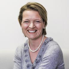 Rebecca Lehmann HEAD OF HR BUSINESS PARTNERS Banque Internationale à Luxembourg (BIL)